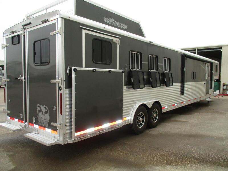2019 Bison Laredo 8416LDBLRSL 4 Horse 16' Short Wall w/Slide-out & PC Load