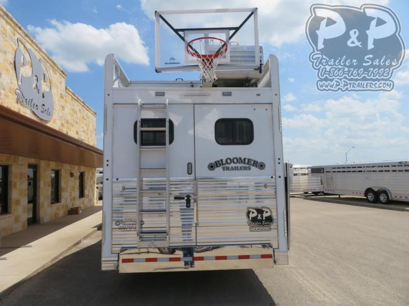 2019 Bloomer 8417PCOL 4 Horse Slant Load Trailer 17 LQ With Slides w/ Ramps