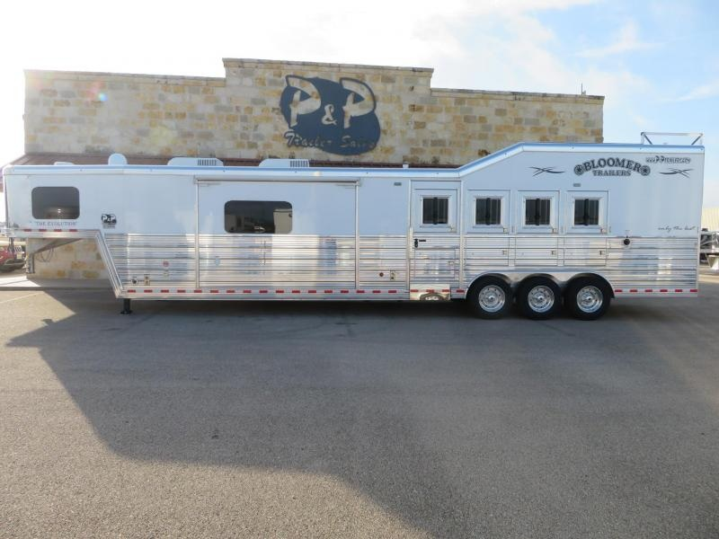 2019 Bloomer 8417PCOL Horse Trailer