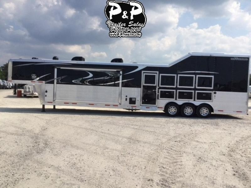 2019 Lakota Trailers Big Horn 4 Horse with 18' Short wall