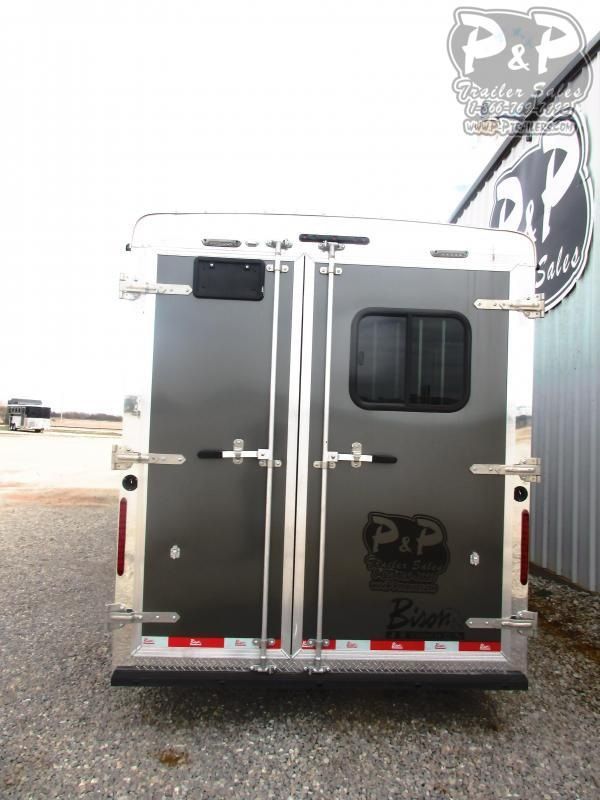 2019 Bison Trailers 2019 Bison trail hand slide out 7311THSO 3 Horse Trailer 11 LQ With Slides Slant
