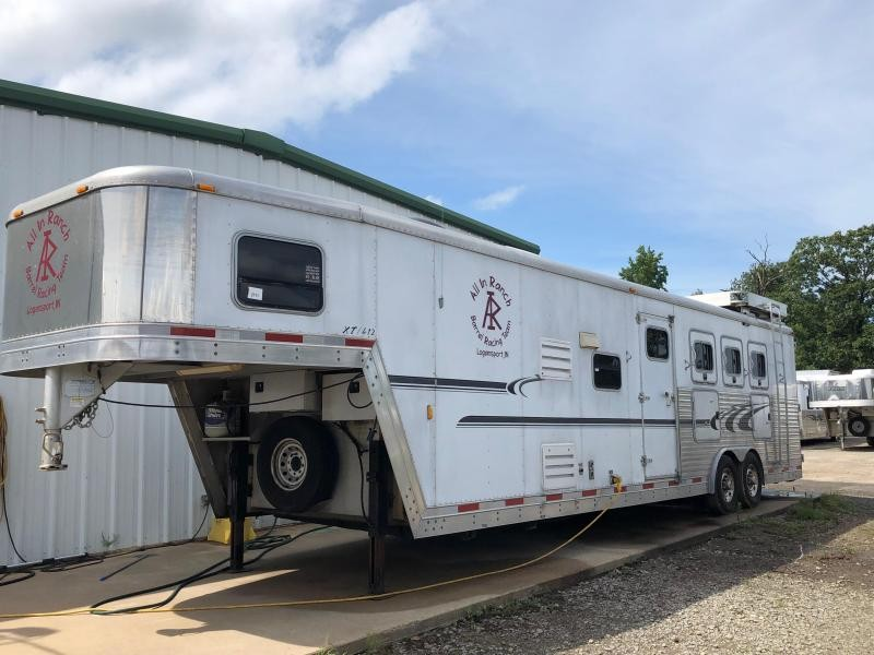 2005 Exiss Trailers 4H Horse Trailer