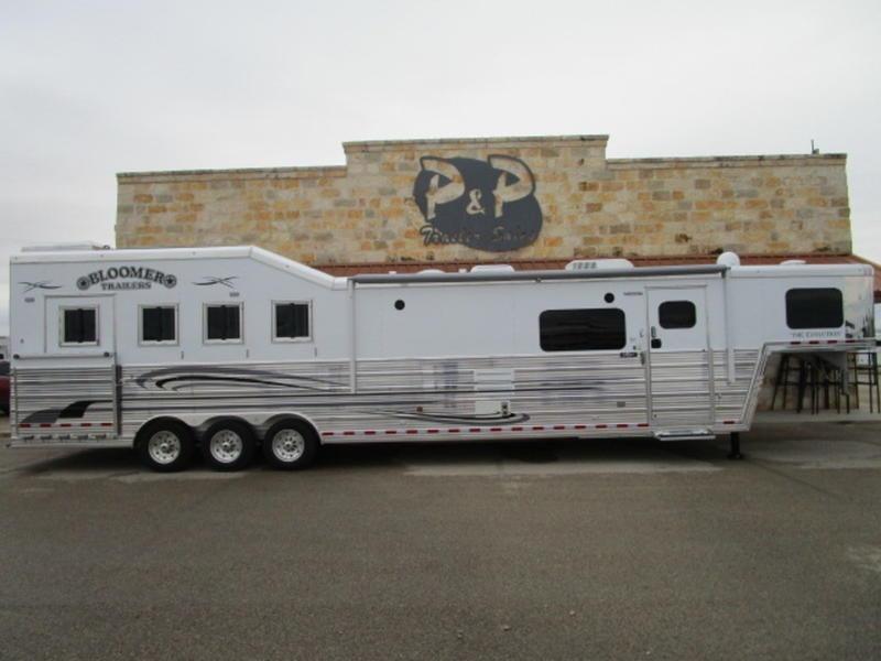 2019 Bloomer 4 Horse 1510