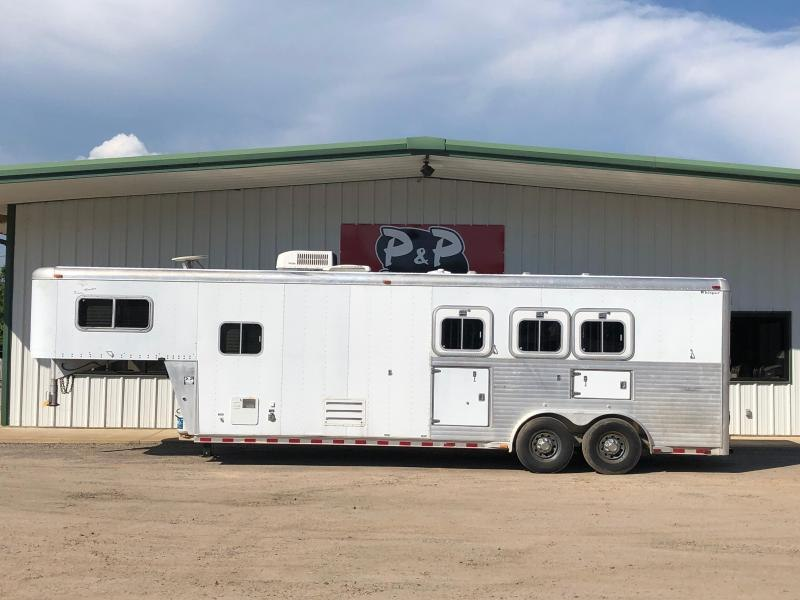 2000 Sooner 8312 3 Horse Trailer 12 LQ Slant in Ashburn, VA
