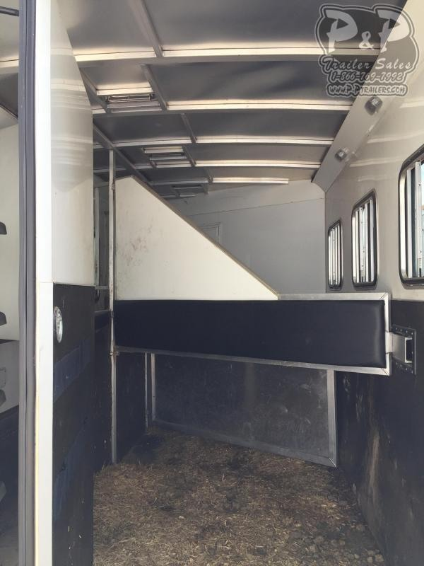 2014 Bison Trailers 310ME 3 Horse Slant Load Trailer 10 LQ With Slides