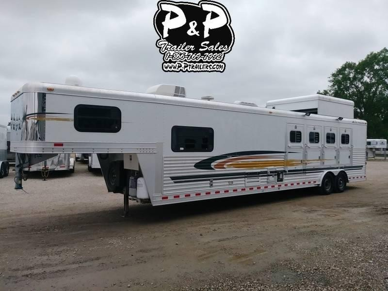 2004 Elite Trailers 4 Horse with 14' Short Wall