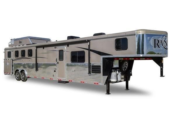 2019 Bison Trailers Ranger 8314RGLBH 3 Horse 14 LQ Horse Trailer Slant