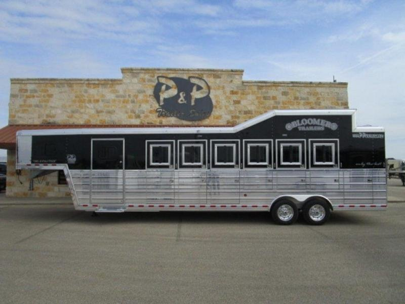 2019 Bloomer Trailers 6 Horse Trainers Deluxe Horse Trailer