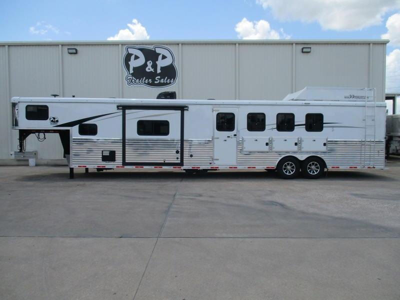 2018 Bison Ranger 4 Horse with 14' Short wall w/Slide-out PC Load