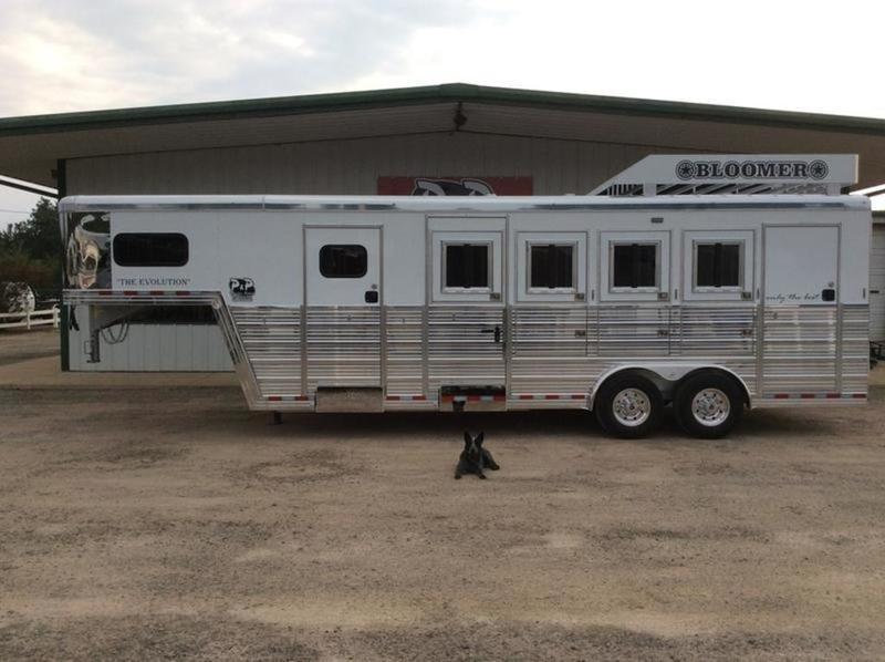 2020 Bloomer Super Tack 4 Horse Trailer Slant in Ashburn, VA