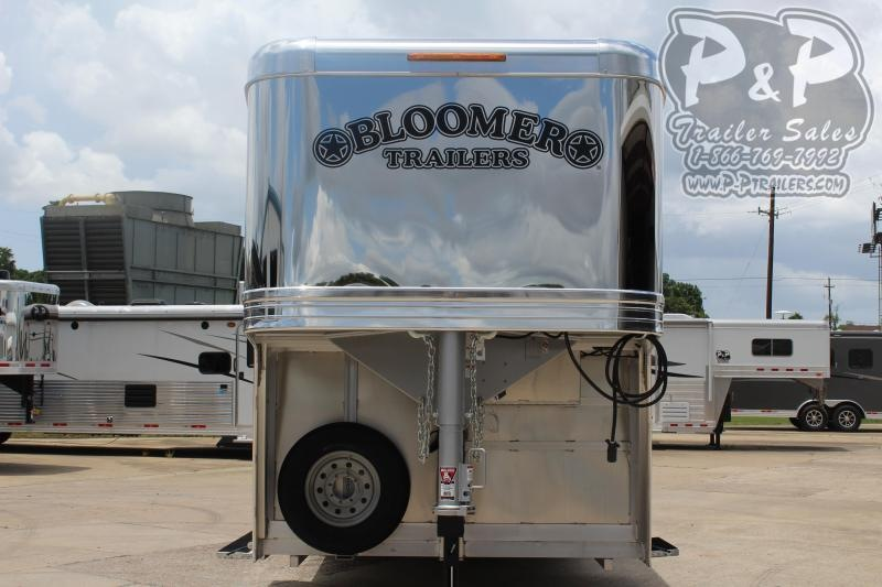 2020 Bloomer Super Tack 4 Horse Trailer Slant