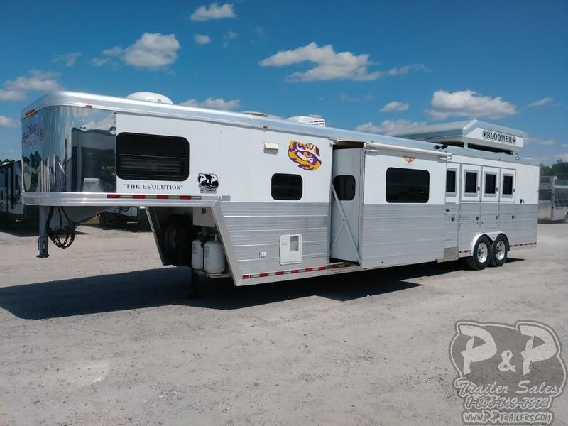 2007 Bloomer Trailers 4H16SW 4 Horse with 16' Short wall