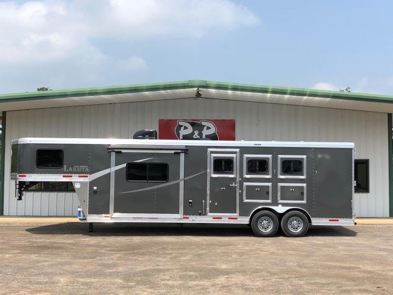 2019 Lakota AC8311 3 Horse Trailer 11' LQ With Slides Slant in Ashburn, VA
