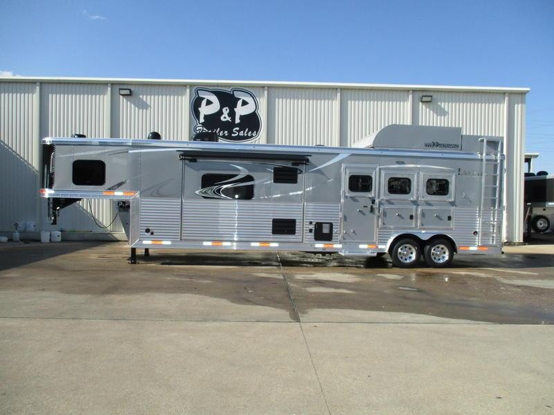 2019 Lakota Trailers Bighorn Edition BH8316SRB 3 Horse 16' Short Wall w/Slide-Out & Generator