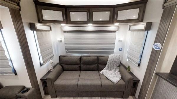 2019 Forest River Cardinal 3875FBX Fifth Wheel Campers LQ
