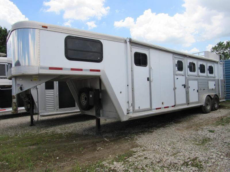 2004 Cimarron Trailers Norstar 4 Horse Trailer 8 LQ Slant in Ashburn, VA