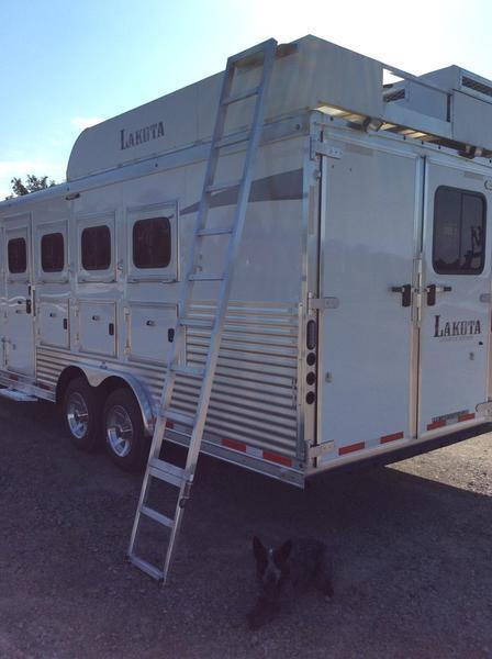 2019 Lakota C8415BB 4 Horse Trailer 15 LQ With Slides Slant