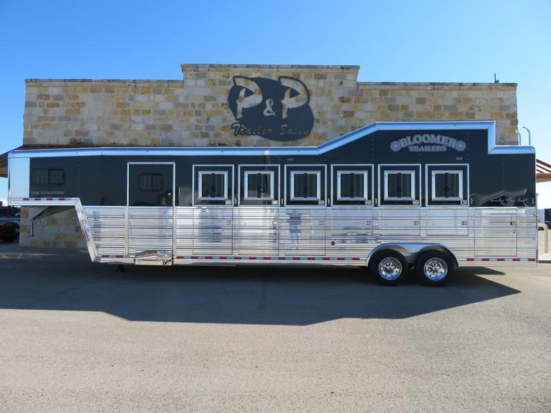 2019 Bloomer Trailers 6 Horse Trainer