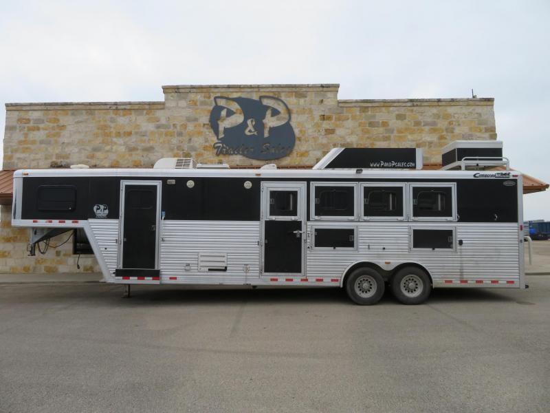 "2007 Cimarron Trailers 4H 10 6""SW Horse Trailer"