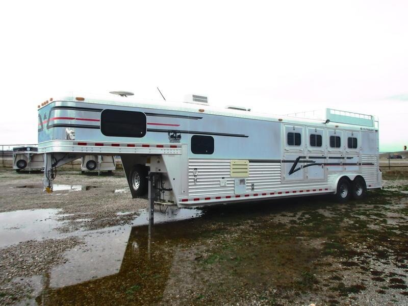 2000 Elite Trailers 4 Horse 10' Shortwall in OK