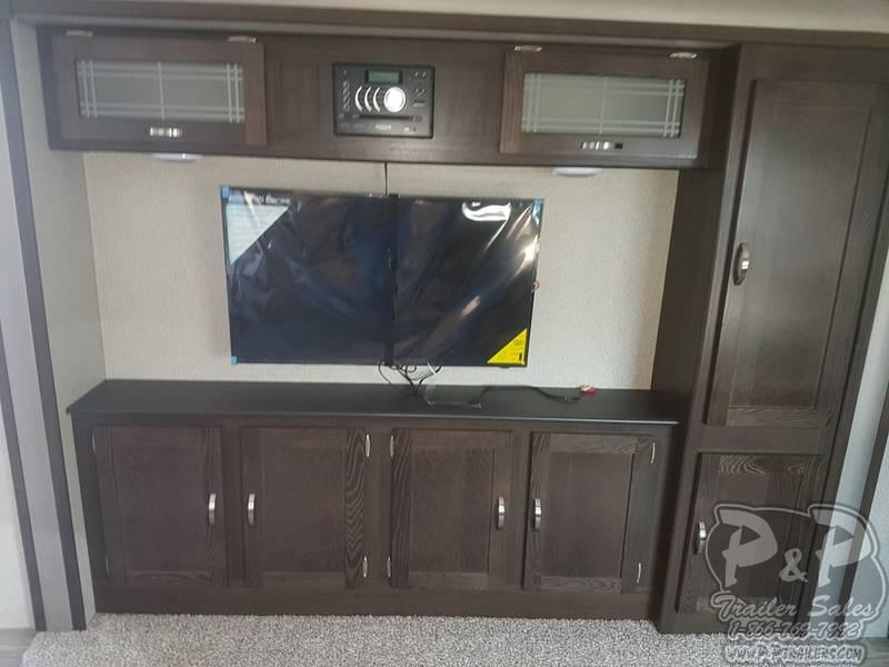 2019 Keystone RV Springdale 302FWRK 34.70' Fifth Wheel Campers LQ