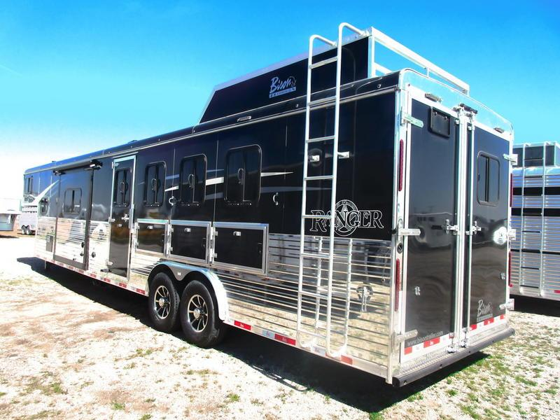 2019 Bison 8414RG Ranger 4 Horse 14' Shortwall
