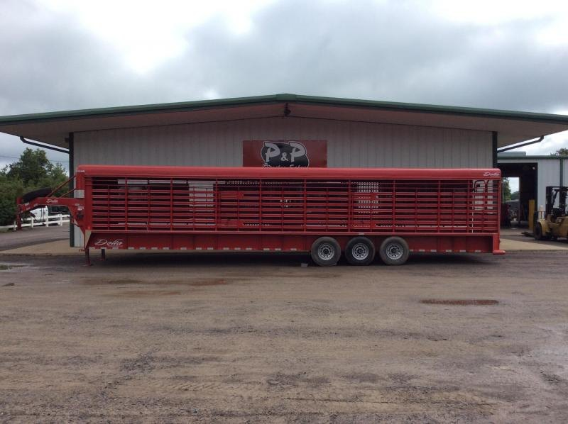 2013 Delta Manufacturing 36 Stock 36' Livestock Trailer