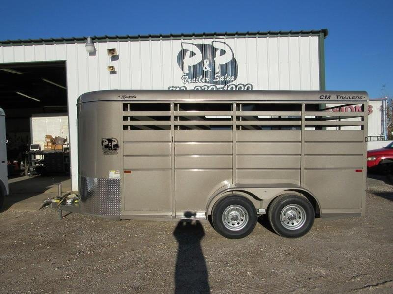 2019 CM Trailers Dakota 3-Horse