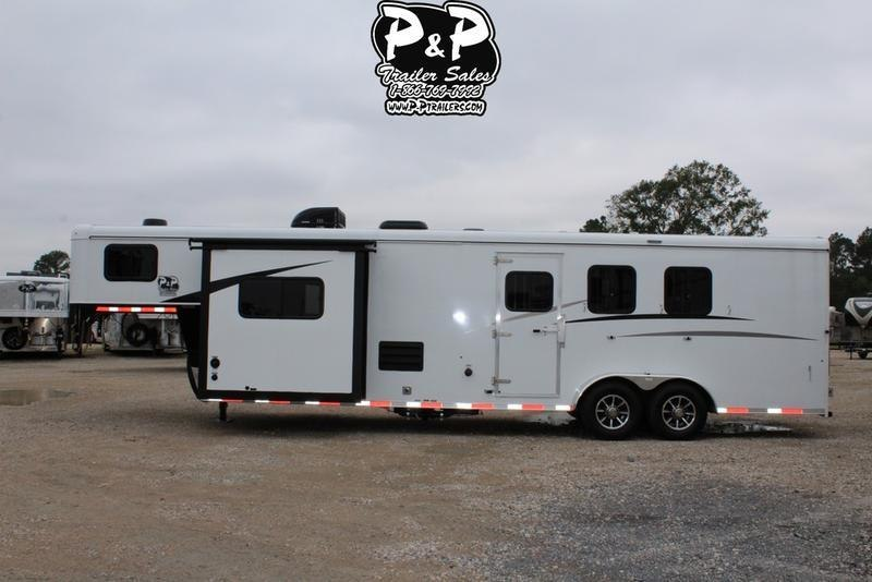 2019 Bison Trailers Trail Hand 7311TH 3 Horse Trailer 11 LQ With Slides in Ashburn, VA