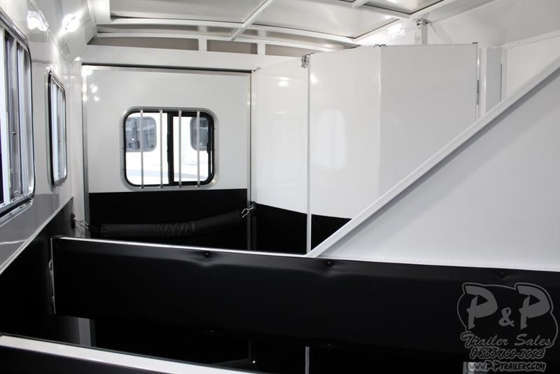 2019 Bison Trailers Trail Hand 7311TH 3 Horse Trailer 11 LQ With Slides
