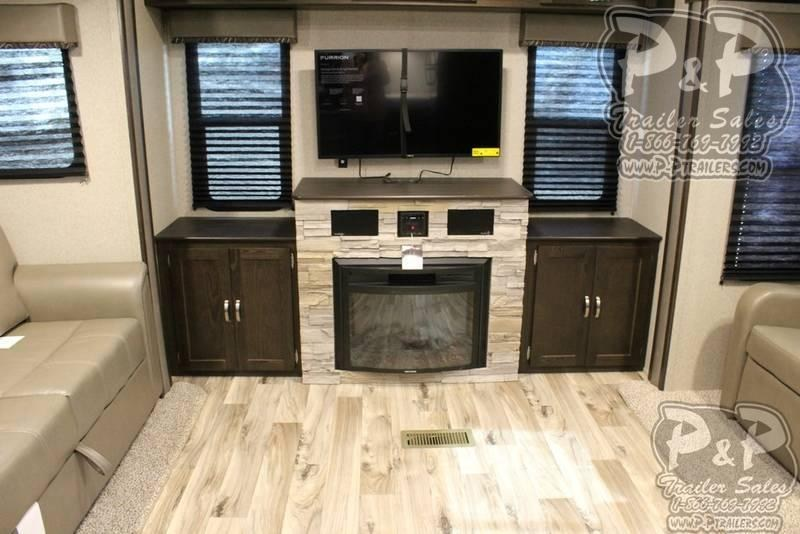 2019 Keystone Springdale 253FWRE 32.83' Fifth Wheel Campers RV