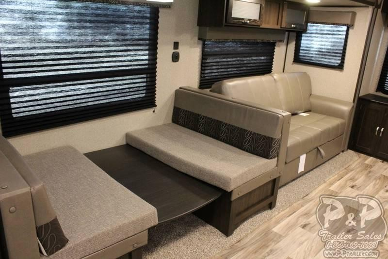"2019 Keystone Springdale 253FWRE 32' 10""' Fifth Wheel Campers"
