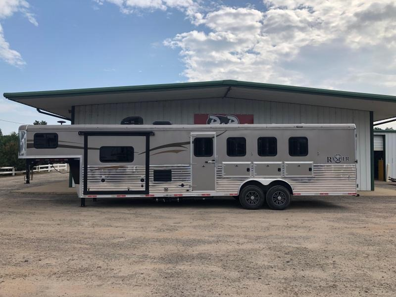 2016 Bison Trailers 4H Ranger Horse Trailer