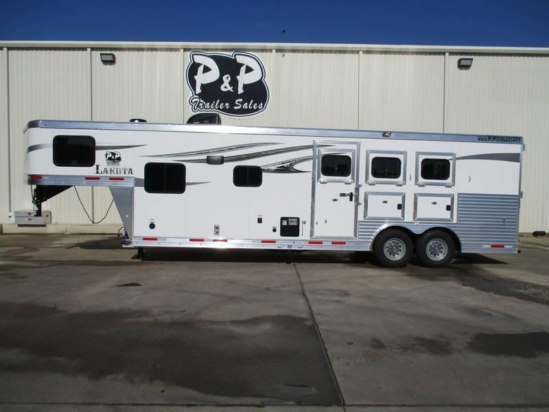 2019 Lakota Trailers Charger C8311SR 3 Horse 11' Short Wall