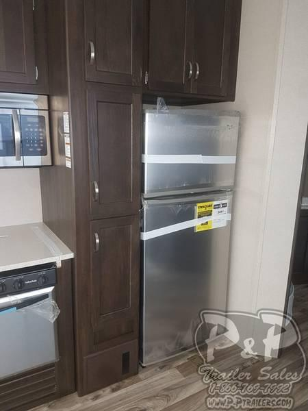 2018 Keystone RV Residence Destination 401FDEN