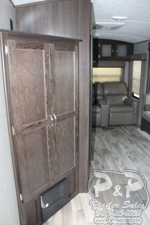 2018 Keystone Springdale 252RL 29.92' Travel Trailer