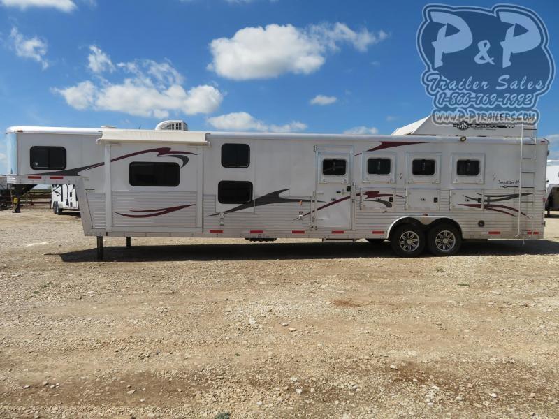 2014 Bison Trailers 8416 Competitor AL 4 Horse Slant Load Trailer 16 LQ With Slides w/ Ramps