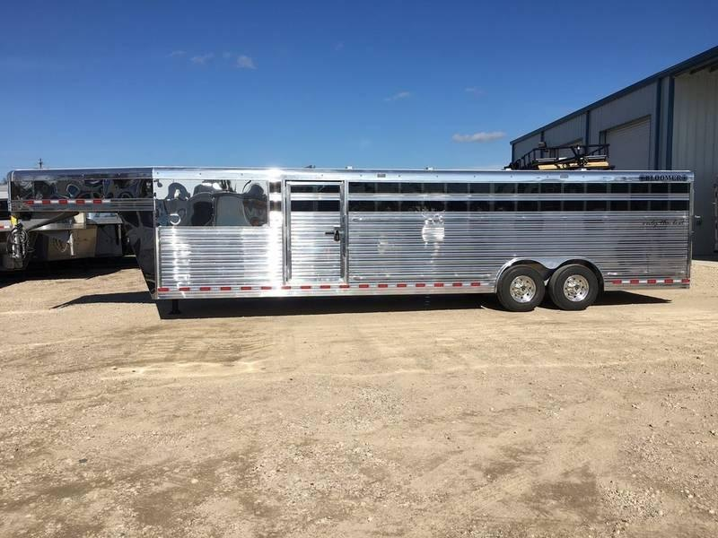 2019 Bloomer Trailers 28' Stock trailer 8' wide