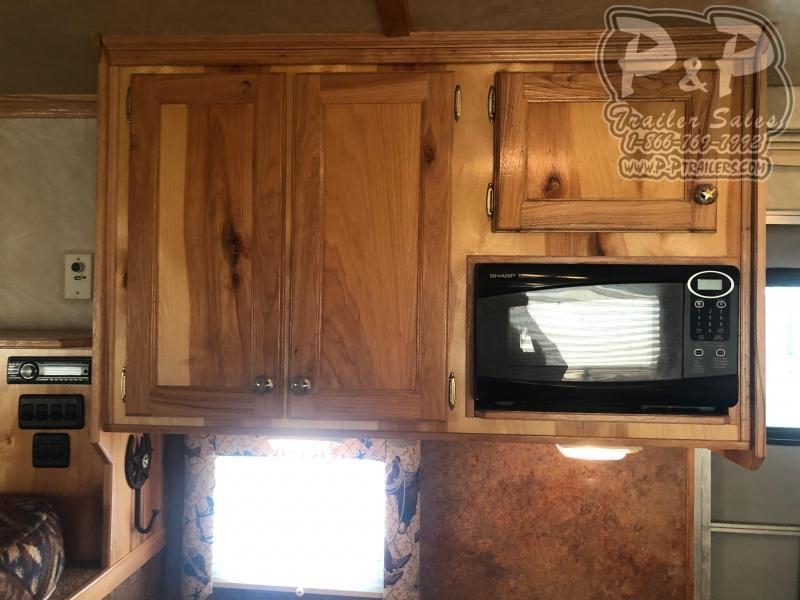 2006 Kiefer Built 7310 Genesis 3 Horse Slant Load Trailer 10 FT LQ With Slides