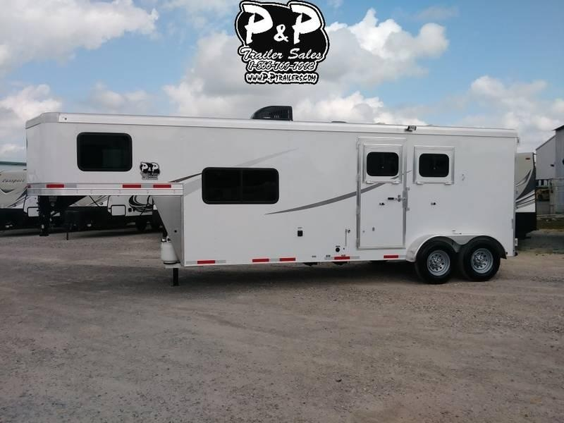 2019 Lakota Trailers AC29 2 Horse 9' Short wall