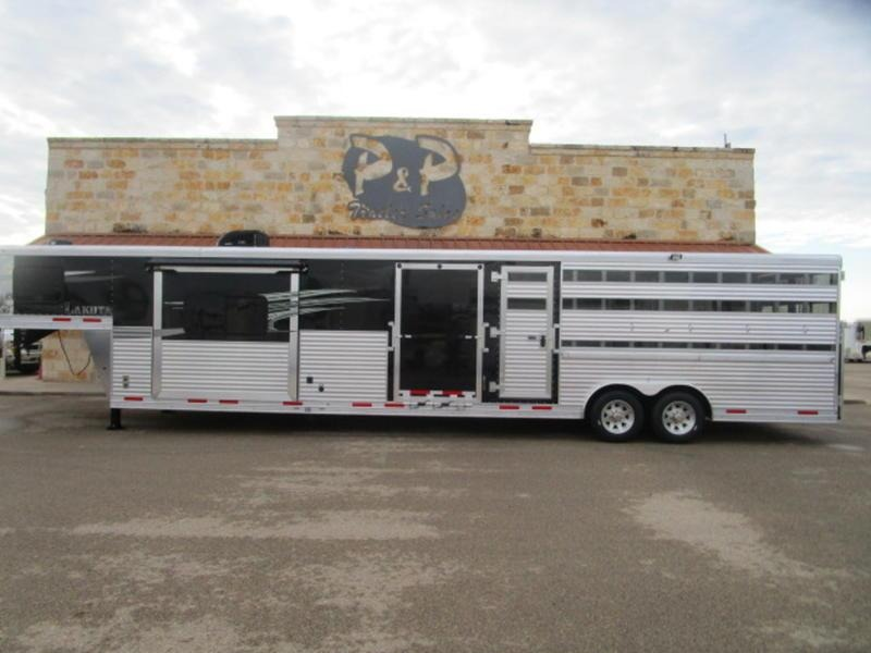 2019 Lakota Trailers LE81611