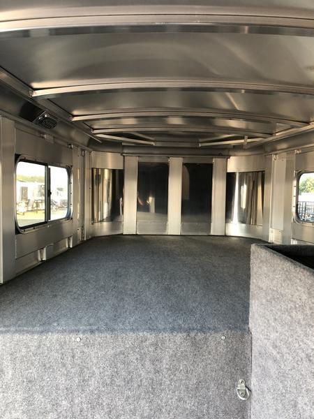 2019 Platinum Coach Trailers 4H Smart Tack