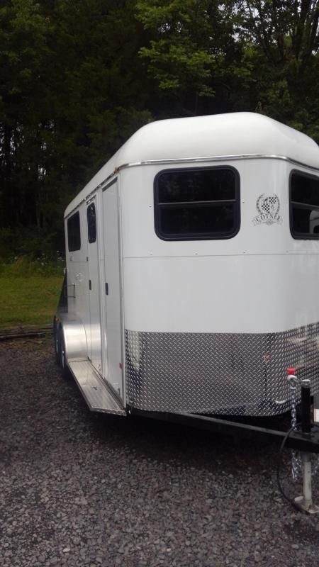 2019 Cotner Trailers Inc. SQUIRE DRESSING ROOM Horse Trailer