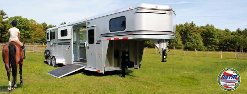 2020 Kingston 2 + 1 Horse Trailer