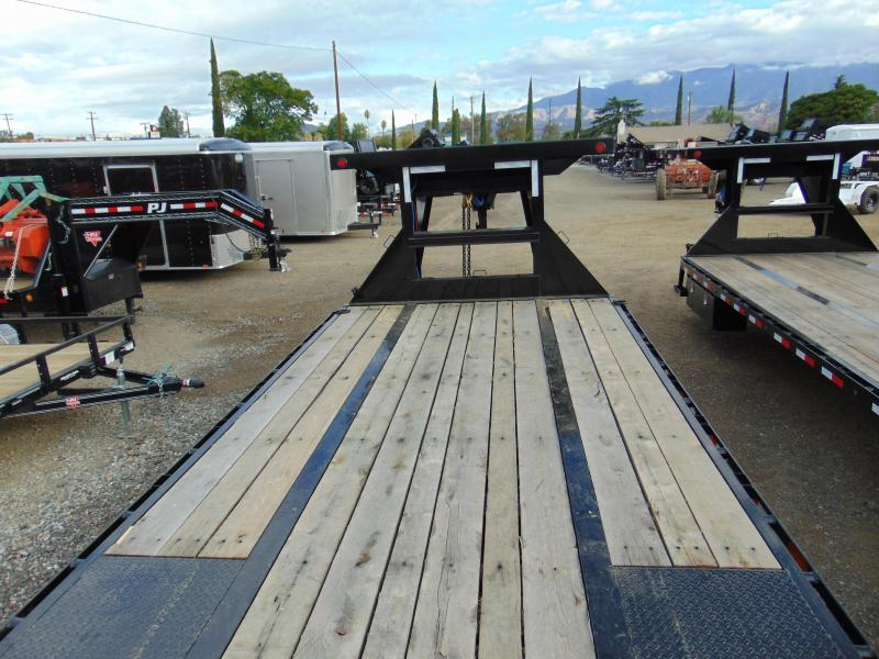 2019 Load Trail 26 BACKHOE TRAILER Equipment Trailer