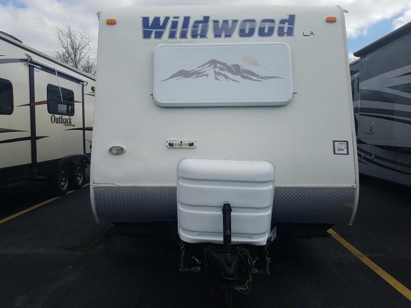 2009 Forest River Wildwood LA Series 262FLS Travel Trailer