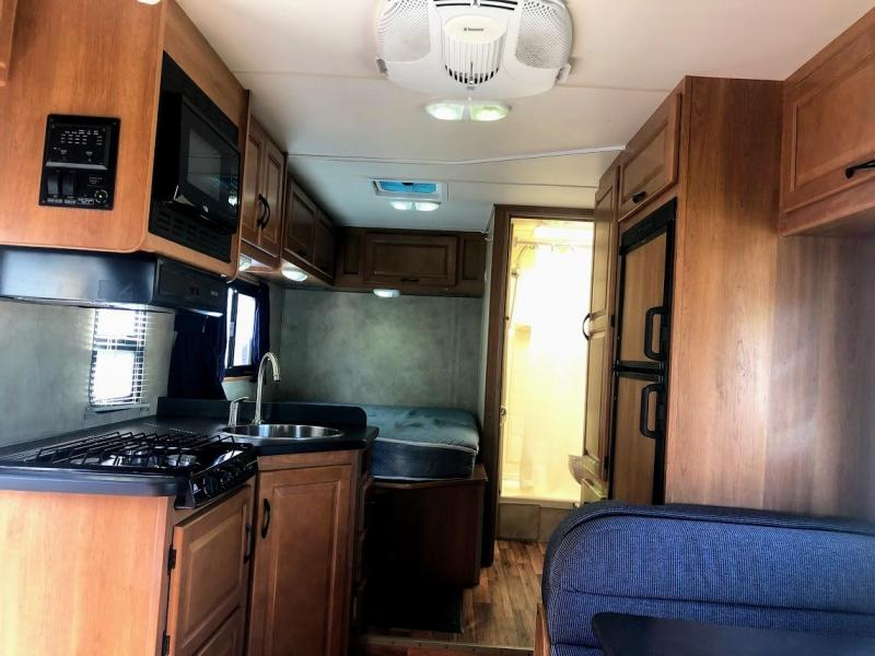 2012 !!!PENDING SALE!!! Thor Motorcoach Majestic 23A Class C RV