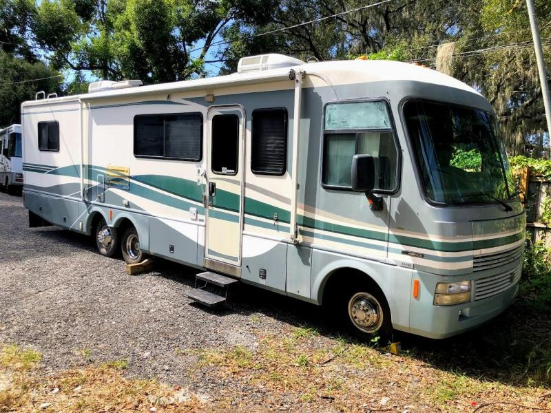 1998 Fleetwood RV Pace Arrow Vision 34C Class A RV