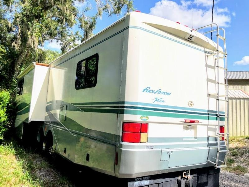 1998 !!!PENDING SALE!!!  Fleetwood RV Pace Arrow Vision 34C Class A RV