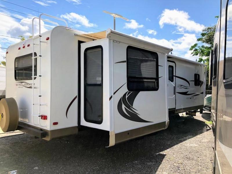 2012 Forest River Rockwood Windjammer 3065W Travel Trailer